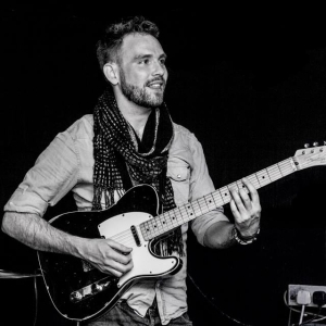 Keir Moore Guitar Teacher Bromley